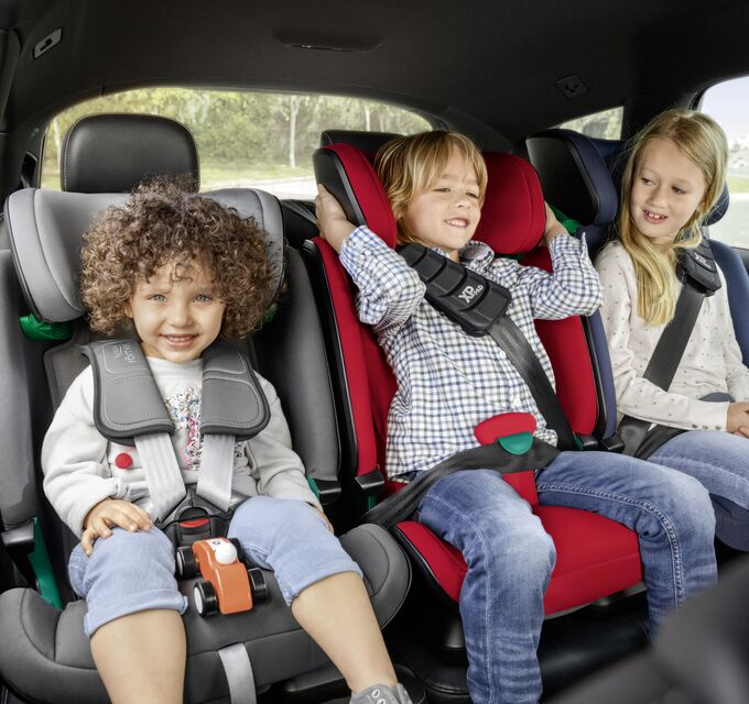 How to install 3 child seats across the back seat?
